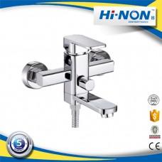 Смеситель для ванной однорукий с длинным изливом евродивертор H046A