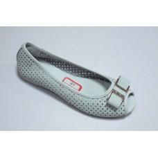 Балетки открытый носок белого цвета. Украина
