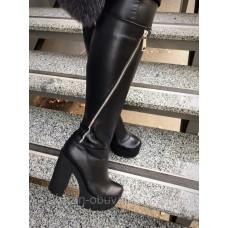 Женские зимние кожаные сапоги.