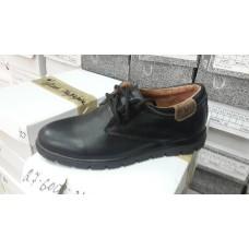Подростковые кожаные туфли. Украина