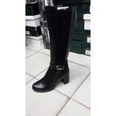 Женские зимние кожаные сапоги на каблуке. Украина