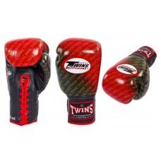 Перчатки боксерские  на шнурке TWINS RED. Рукавички боксерські
